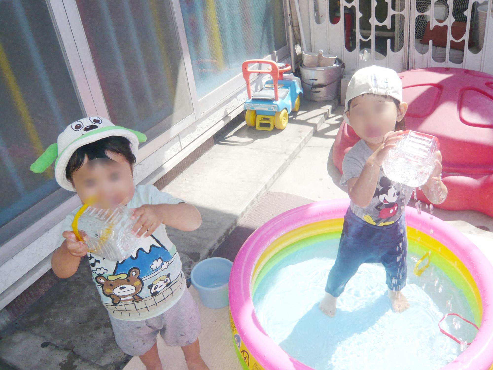 暑い日がつづくなか、</br>プールで夏を満喫♪